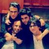 محمد رضا گلزار | رضا گلزار و امین حیایی در کنار دوستان