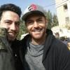 محمد رضا گلزار | رضا گلزار با هواداران و دوستان در پشت صحنه سریال عاشقانه