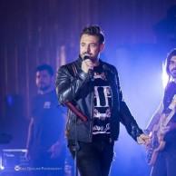 محمد رضا گلزار | ویدیوهای اختصاصی ریزار باند و تور کنسرتهای رضاگلزار در سراسر کشور