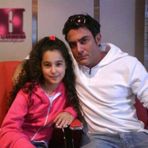 reza golzar with fans