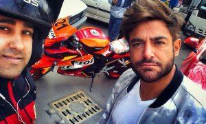 reza golzar_tarafdaran selfie 2
