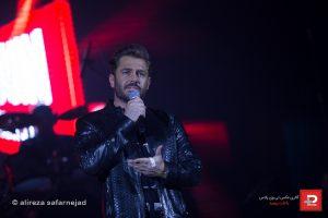 reza golzar – rezzar band – concert 20 sfand 95 tehran 1