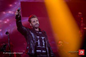 reza golzar – rezzar band – concert 20 sfand 95 tehran 9