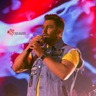 محمد رضا گلزار | گزارش تصویری کنسرت تهران محمدرضا گلزار،۶ تیر ۹۸