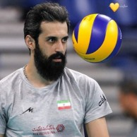 محمد رضا گلزار | وقتی رضا گلزار پای والیبال ایران و برزیل مینشیند ، استوری های رضا گلزار